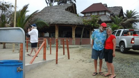 Kim, Ken & Doug in Canoa